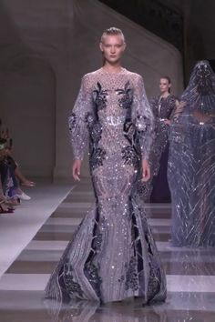Ziad Nakad Look Fall Winter Haute Couture Collection : Gorgeous Embroidered Steal Blue Mermaid Evening Dress / Evening Gown with Long Sleeves. Fashion Runway by Ziad Nakad Mermaid Evening Dresses, Evening Gowns, Couture Fashion, Runway Fashion, Fall Fashion, Elegant Dresses, Pretty Dresses, Godmother Dress, Prom Dress Couture