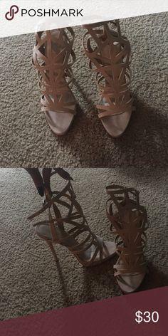 Nude Strappy Heels sz 8 La Moda UK Nude Strappy Heels shoe says size 9 but ordered a size 8, fits like an 8 La Moda UK Shoes Heels