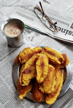 PazhamPori (Ripe Plaintain fritters) - a favorite Keralite tea-time snack Indian Snacks, Indian Food Recipes, Vegetarian Recipes, Cooking Recipes, Kerala Recipes, Indian Street Food, South Indian Food, Plantain Fritters, Kerala Food