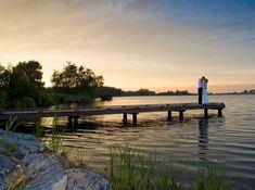 Gelegen in de prachtige natuur van recreatieschap 't Twiske in Oostzaan is ons paviljoen de plek bij uitstek om te genieten van lekker weer, mooie vergezichten over het water en onze altijd gemoedelijke ontvangst, dus graag tot snel!