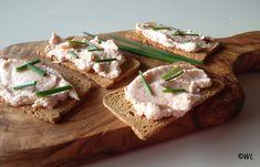 Mousse al salmone e crema di formaggio
