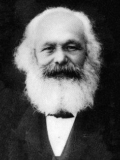 Karl Marx foi um filósofo, sociólogo, jornalista e revolucionário socialista. Nascido na Prússia, ele mais tarde se tornou apátrida e passou grande parte de sua vida em Londres, no Reino Unido. Nascimento: 5 de maio de 1818, Tréveris, Alemanha. Falecimento: 14 de março de 1883, Londres, Reino Unido. Wikipédia
