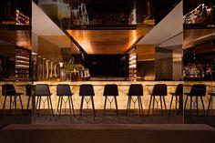 Backlit Onyx - Bar Ideas - Natural Stone - Paris Restaurant - Hospitality Design - Glam Style