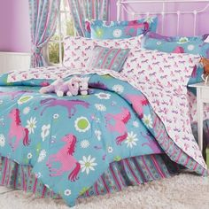 Adorable girl's horse bedding sets in comforters, quilts and sheet sets. Western horse bedding for girls and teen girls. Perfect for a horse themed bedroom! Cowgirl Theme Bedrooms, Bedroom Themes, Bedroom Decor, Girls Bedroom, Horse Bedrooms, Bedroom Ideas, Decor Room, Bedroom Designs, Full Comforter Sets