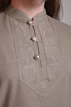 deer antler button,hunting shirt with oak acorns,oak leaf, Chudidhar Neck Designs, Neck Designs For Suits, Neckline Designs, Dress Neck Designs, Designs For Dresses, Sleeve Designs, Chudidhar Designs, Blouse Designs, Punjabi Suit Neck Designs