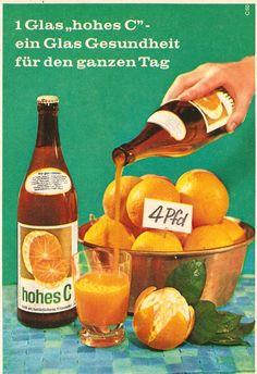 """4 Pfund Orangen - soviel Früchten entspricht eine Flasche """"hohes C Orangensaft"""". Diese Werbung aus dem Jahr 1960 versprach ein Glas Gesundheit für den ganzen Tag.  #Orangensaft #Werbung"""