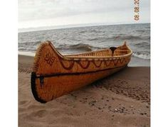 I think this workshop experience would be like seeing history come to life. Learn how to build a birch bark canoe from Master woodworker Jarrod StoneDahl in this one-day workshop. During this unforgettable one-on-one experience, Jarrod will teach you native woodworking techniques that are part of a dying art.