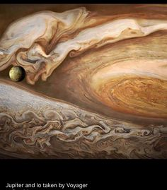 picture from the Juno craft of Jupiter.thanks NASA Sistema Solar, Cosmos, Constellations, Jupiter Moons, Jupiter Planet, Planets And Moons, Nasa Images, Space And Astronomy, Interstellar
