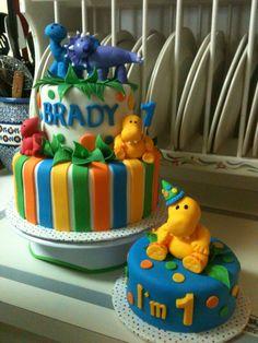 Dinosaur 1st birthday cake with smash cake.