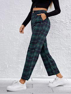 Slant Pocket Tartan Pants | SHEIN USA Fast Fashion, Fashion News, Street Fashion, Preppy Style, My Style, Tartan Pants, Streetwear Shorts, Couture, Street Style Women