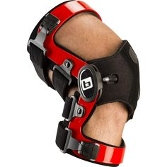 20.50 Design Between 20° and 50° of flexion, the patella is at risk to abnormal tracking, subluxation, and dislocation. The 20.50 Patellofemoral Brace dynamically supports the patella through