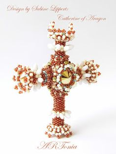 Beaded cross, cross, Sabine Lippert, Catherine of Aragon, ARTonia, Swarovski pendant, Beadwork, Beadweaving