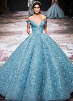 """miss-mandy-m: """"Michael Cinco Infanta Maria Theresa Couture Collection FW 2017 """" Prom Party Dresses, Quinceanera Dresses, Wedding Dresses, Bridal Gowns, Elegant Dresses, Pretty Dresses, Glamorous Dresses, Off Shoulder Evening Dress, Beautiful Gowns"""