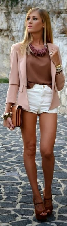 Great outfit made even better by those long dark legs!!