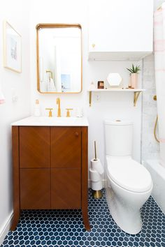 Sugar & Cloth Casa: The Before + After of Our Guest Bathroom Makeover!