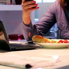 Un moyen pour diminuer la faim causée par le travail mental