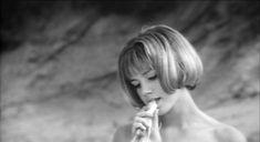 カトリーヌ・スパーク(Catherine Spaak)「狂ったバカンス」(1962年)の画像:夜ごとの美女