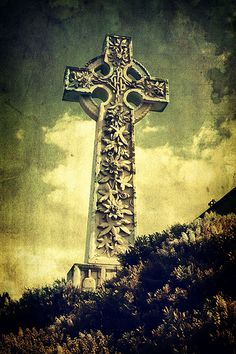 Floral Celtic Cross