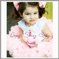 Baby girl clothesOopsy Daisy Pink Pettiskirt and Cap Sleeve White Birthday Shirt Set. Girls Birthday Outfits. (Size 4T)
