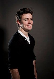 Emmet Cahill of Celtic Thunder. One of my favorites in the band.- today is the best day ever Of random Pinterest surfing!!! Love Emmet :D he sounds like a Disney prince!