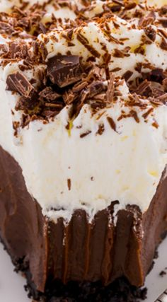 No-Bake Chocolate Cream Pie ~ Silky smooth No-Bake Chocolate Cream Pie... This insanely easy recipe can be made ahead of time and frozen for 2 months.