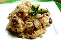 Chicken and Mushroom Risotto - Free recipes on Receptenbundel.nl - risotto with chicken and mushrooms - Basil Recipes, Milk Recipes, Italian Recipes, Cooking Recipes, Healthy Recipes, Free Recipes, Orzo, Italy, Salad
