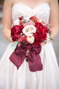 red and pink wedding bouquet
