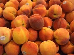 What is your favorite type of peach? There are so many choices for peach lovers today, it can be overwhelming. But it helps to break it all down into categories and types before you can definitively pick a favorite. For example, do you prefer clingstone, freestone or semi-freestone peaches?