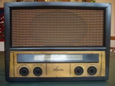 1949 Sparton AM-FM Model 121