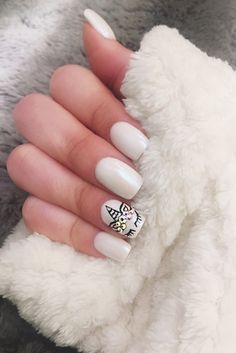 Many people have a passion for unicorn nails. And Unicorn nails are becoming a unique trend. If you think you have a different opinion, you should take a closer look at this list of Unicorn nail designs right away. We are convinced that even those w Unicorn Nails Designs, Unicorn Nail Art, White Nail Art, White Nails, Purple Nails, Red Nails, Nail Pink, White Nail Designs, Nail Art Designs