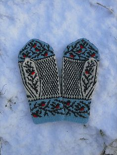 Winterbirds pattern by Natalia Moreva Ravelry: Winterbirds pattern by Natalia Moreva Record of Knitting String spinning, weaving and stitching jobs such as fo. Fair Isle Knitting, Knitting Yarn, Hand Knitting, Knitting Patterns, Mittens Pattern, Knit Mittens, Knitted Gloves, Wrist Warmers, Hand Warmers