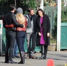 Colin, Jennifer, Lana & Sean filming scenes for episode 4x20 - March 3, 2015
