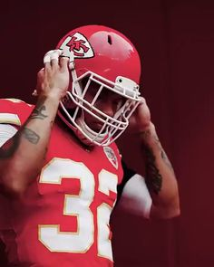 1 year ago today the Chiefs signed Tyrann Mathieu. Was this a gooYou can find Jj watt and more on our year ago today the Chiefs signed T. Kc Football, Kansas City Chiefs Football, Nfl Football Players, Football Memes, American Football, Pittsburgh Steelers, Dallas Cowboys, Team Wallpaper, Nfl Sports