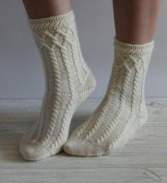 Items similar to hand knit women socks knit socks for women knit socks with weaves Christmas present wool socks knitted socks women socks white socks on Etsy Knitted Booties, Knit Socks, Baby Booties, Knitting Socks, Hand Knitting, Knitting Patterns, Learn How To Knit, Knitting For Beginners, Knit Or Crochet