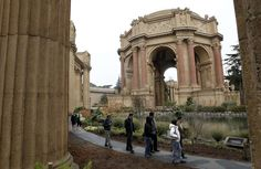 Palace of Fine Arts Theatre - Theatres - Have a wonderful time walking around the picturesque spot to enjoy the great architecture at Palace of Fine Arts Theatre
