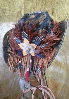 chapeau style country plume : Chapeau, bonnet par claudeplume