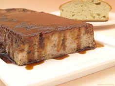 Pudin de bizcocho - MisThermorecetas Flan, Banana Bread, Cake, Desserts, Chocolate Blanco, Mousse, Breads, Pound Cake, Pastries