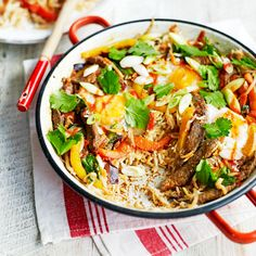 Zomerrecepten : Food and Friends Food N, Good Food, Food And Drink, Rice Recipes, Dinner Recipes, Healthy Recipes, One Pot Dishes, Jamie Oliver, Wok