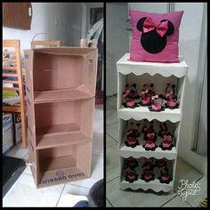 Mark a gifted and creative friend 😍😍 … - Dekoration Ideen 2019 Diy Cardboard Furniture, Cardboard Crafts, Diy Furniture, Diy Home Crafts, Diy Arts And Crafts, Crafts For Kids, Diy Para A Casa, Carton Diy, Diy Storage