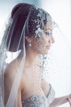 Lavish White & Gold California Wedding
