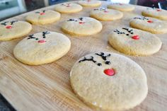 ...with a lil' twist: Simple Rudolph Gingerbread Cookies / Christmas Cookies