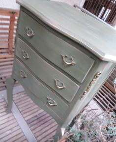 Old dresser makeover with Annie Sloan #olive green , some drybrush with #Scandinavian_pink and #gildingwax.  #anniesloanolive #anniesloan #furnirure #makeover   #the_toymaker_athens