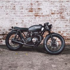 @micahbranc's stealthy Honda CB400F. Built by @saltyspeedco. Great work fellas, thanks for sharing.  #croig #caferacersofinstagram