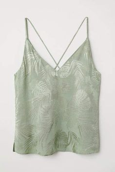 Top in jacquard-weave fabric with V-neck front and back. Narrow shoulder straps and decorative straps at back. How To Make Clothes, Diy Clothes, Cami Tops, Strapless Tops, Sleeveless Tops, Sequin Tank Tops, Summer Tank Tops, Boho Tops, Vestidos