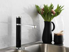 Sinful Black köksblandare från serien Coloric | GUSTAVSBERG Faucet, Door Handles, Sink, Vase, Kitchen, Design, Home Decor, Black, Door Knobs