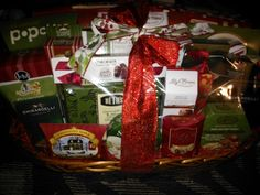 Mommy Katie: #Giveaway Wine Country Gift Baskets (Holiday Guide 2012)
