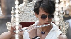Tiger Shroff wows students with his Heropanti - Solar Move