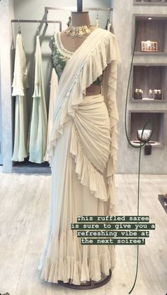 Indian Gowns Dresses, Indian Fashion Dresses, Indian Designer Outfits, Stylish Sarees, Stylish Dresses, Wedding Lehenga Designs, Designer Party Wear Dresses, Saree Trends, Stylish Dress Designs
