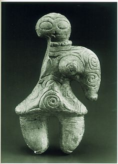 Japanese Rock Figurine -- Circa BCE -- Unearthed at Tokoshinai Aomori, Japan -- No further reference provided. Ancient Mysteries, Ancient Artifacts, Ancient Aliens, Ancient History, Cultural Artifact, Ancient Goddesses, Arte Tribal, Idole, Prehistory