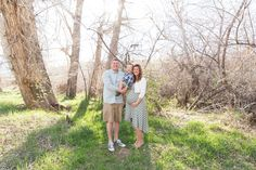 Spring maternity photos and family photos by Reno Maternity Photographer & Reno Family Photographer. #renomaternityphotographer #maternityphotos #maternity #renofamilyphotographer #spring #oxbow © 2016 Fifth and Chestnut Photo Co. | www.fifthandchestnut.com